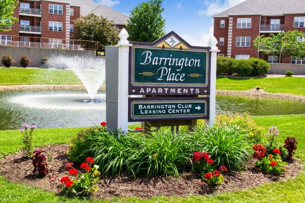 Photo Barrington, Barrington, Barrington YAY The Place to Be (Madison)