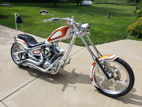 Photo Big Dog K9 Chopper - $10,999 (New Glarus)