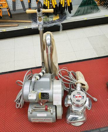 Photo Floor Sander and Floor Edger Silver line - $1000 (Waterloo Wi)