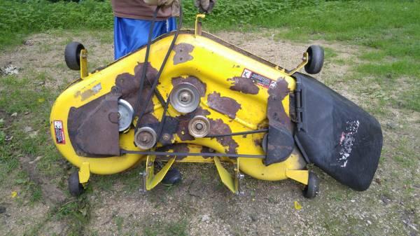 Photo John Deere 48quot Mower Deck - $125 (Dodgeville, WI)
