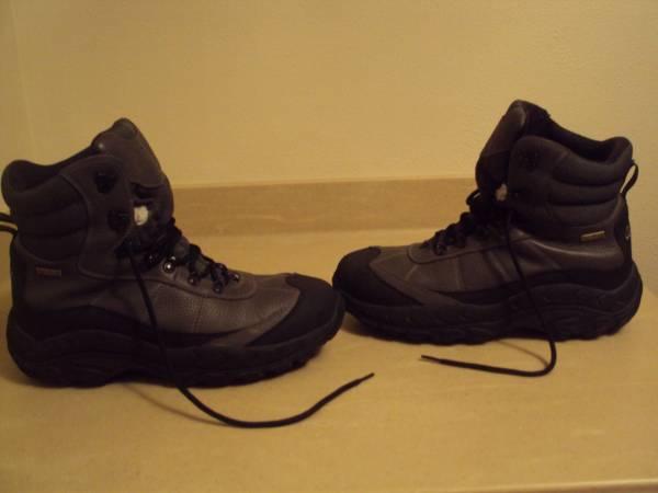 Photo Mens Cabelas Waterproof Insulated Hiking Snowboots-Size 14(Medium) - $65 (Cross Plains)