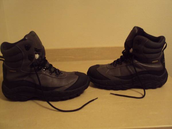 Photo Mens Cabelas Waterproof Insulated HikingSnow Boots-Size 14 Medium - $65 (Cross Plains)