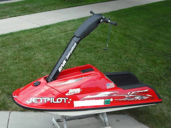 Photo Polaris Octane Stand Up Jet Ski - $7,770 (Madison area)