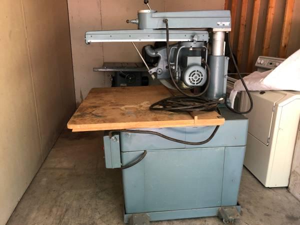 Photo Rockwell  Delta 18 Radial Arm Saw - $2,250 (Lodi)