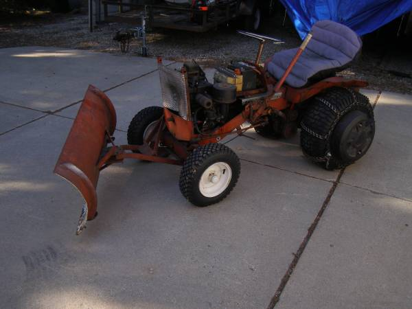 Photo Simplicity Tractor - $200 (Cambridge)