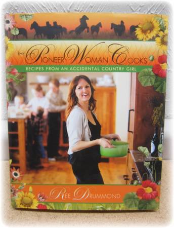 Photo The Pioneer Woman Cooks RECIPES FROM AN ACCIDENTAL COUNTRY GIRL 1st Ed - $10 (Madison West Side)