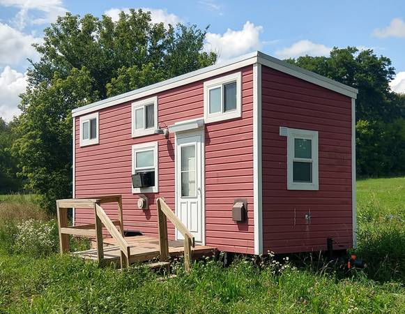 Photo Tiny House - Mobile Trailer Certified RV - For Sale - $49,000 (Stoughton)