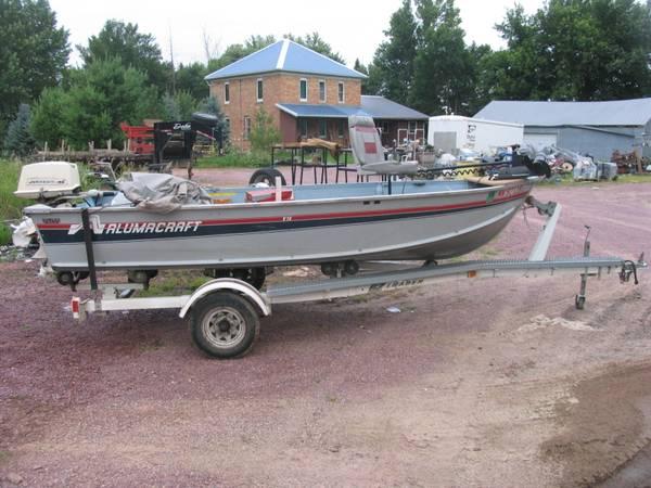 Photo 1990 Alumacraft 1439 Fishing Boat with 18 HP Johnson - $2,000 (Heron Lake)