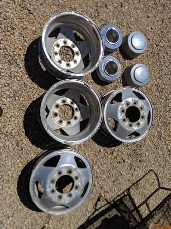Photo 2001 Ford dually wheels - $200 (Easton)