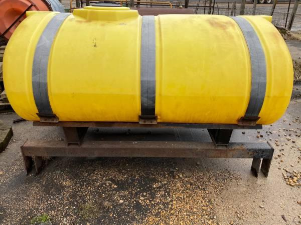 Photo 500 gallon Fert Tank - $1,200 (Mapleton)