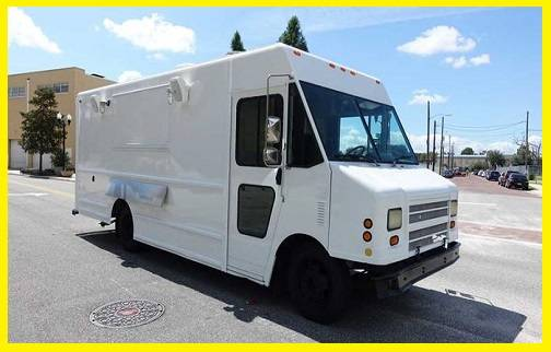 Photo Brand 2003 mobile kitchen food truck for sale 18 ft - $11,400