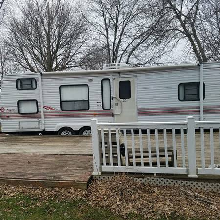 cortar a tajos laberinto Marca comercial  Camper and seasonal site for sale - $12000 (Clarks Campground) | RV, RVs  for Sale | Mankato, MN | Shoppok