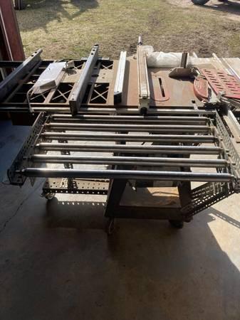 Photo Craftsman table saw - $425 (Granada)