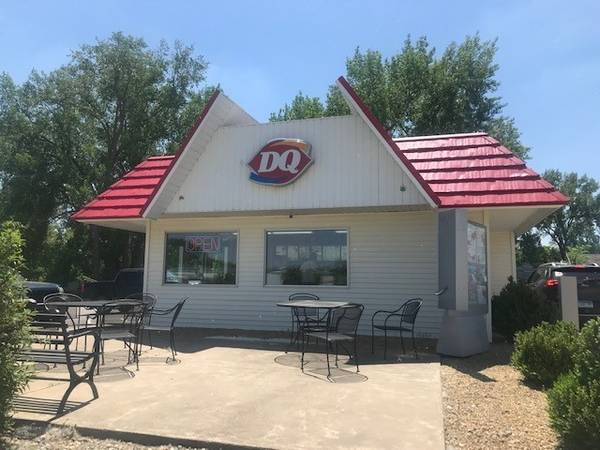 Photo Dairy Queen With $95k Owner Cash Flow For Sale - $299000 (St. James)