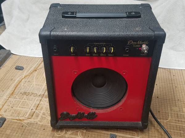 Photo Electric Guitar or Bass Amp, small portable practice , TESTED - $50 (New Ulm)
