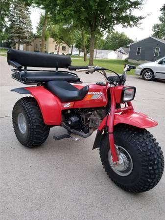 Photo Honda 3 Wheeler 125M Three Wheeler 1985 electric start like new - $1,800 (Worthington, MN)