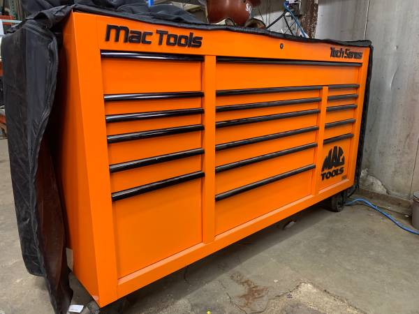 Photo Mac Tools Tool Box Tech Series with Power Drawer - $3,500 (Mankato)