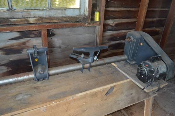 Photo Sears Craftsman Wood-Turning Lathe