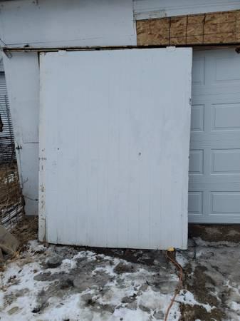 Photo Sliding barn door - $130 (LeCenter)