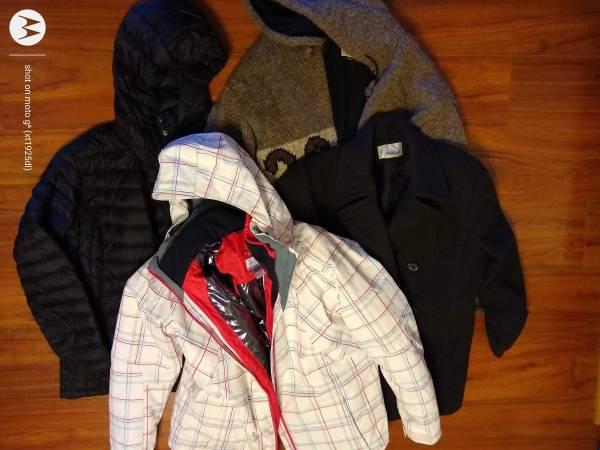 Photo Winter coats womens XL - $100 (Upper North Mankato)