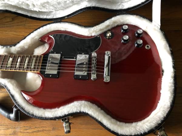 Photo 2008 Gibson SG Standard 61 Reissue Heritage Cherry - $1,800