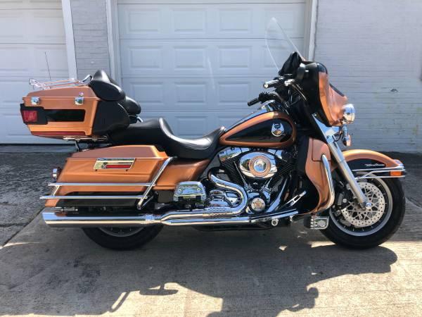 Photo 2008 Harley Davidson Ultra Classic FLHTCU - $7,995 (Fairport Harbor)