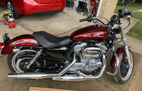 Photo 2014 Harley Davidson 883 Sportster Superlow - $7,500 (Parma)