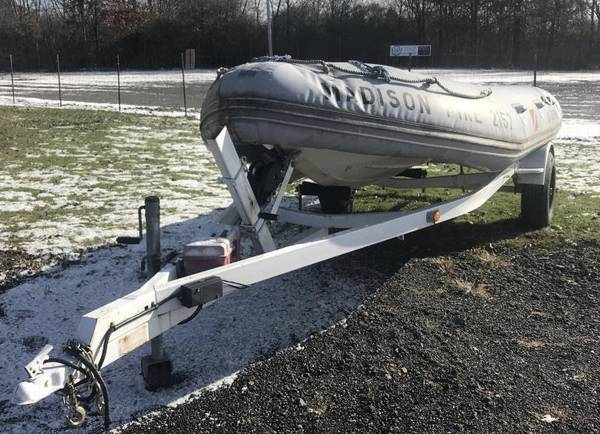 Photo AIR RAFT BOAT 16 FOOT - $875