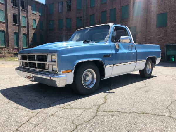 Photo ALABAMA TRUCK 1983 GMC SIERRA CLASSIC - $11500