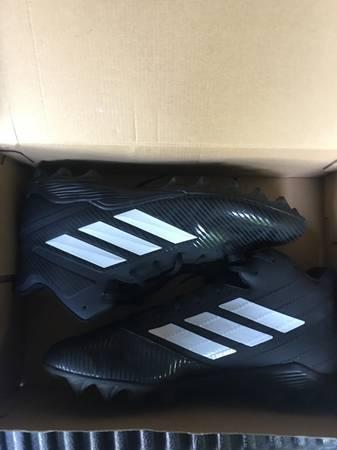 Photo Adidas Mens Football Cleats (Mansfield)