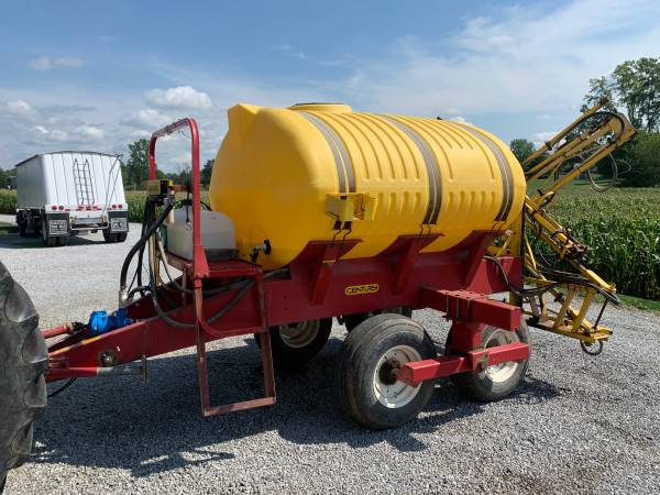 Photo Century 1000 gal Field Sprayer - $3,500 (Shelby)