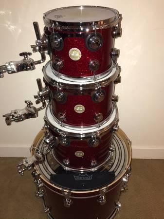 Photo DW Collectors Series Drum Set - $1800