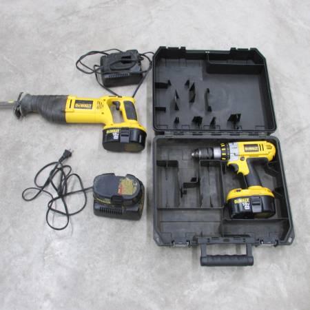 Photo Dewalt Cordless 18 volt Drill  Sawzall - $50 (Haysville)