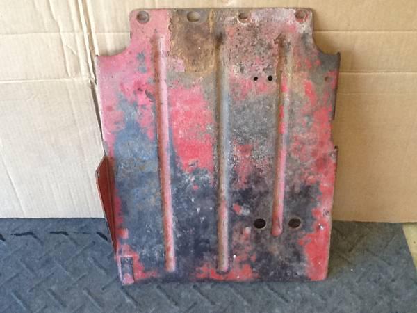 Photo Farmall Cub Floor Pan Foot Plate - $50 (Ashland)