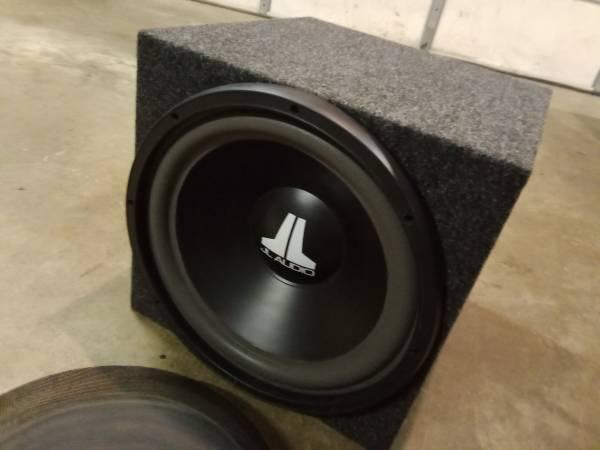 Photo JL Audio 15 Subwoofer 15W3-D4 Sub w Brand New Box - $175 (Crestline)