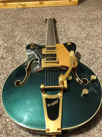 Photo Limited Edition Cadillac Green Gretsch Electromatic G5422TG - $1,000 (Mansfield)