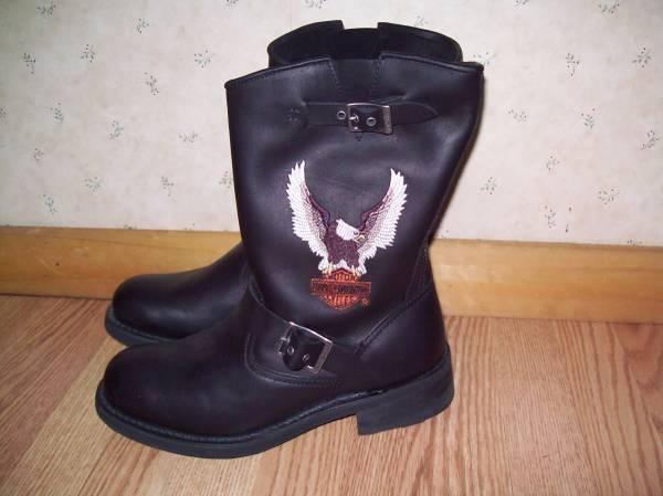 Photo New Mens Harley Boots - $125