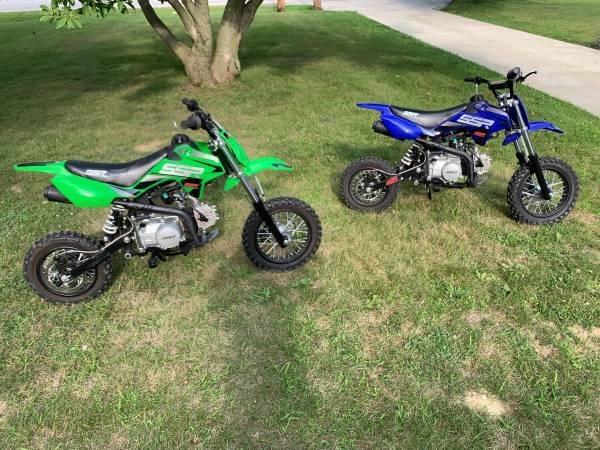 Photo SSR Pit Bikes - $1,000 (Stow)