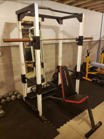Photo Squat rack  Cage  Bench  Barbell - $250 (Bellville)