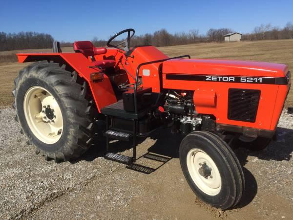 Photo Tractor 1989 Zetor 5211 - $5100 (West Salem)
