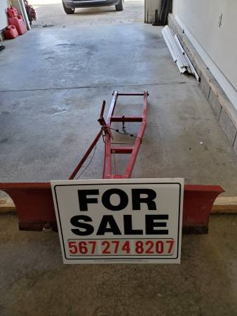 Photo Wheel horse snowplow blade - $100 (Ashland)