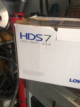 Photo lowrance HDS - $300 (upper sandusky)