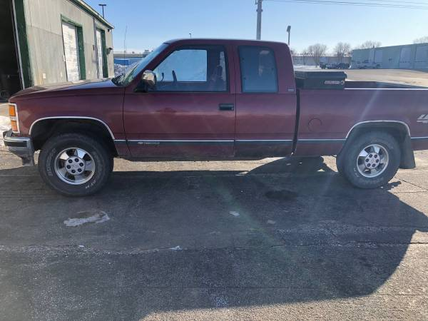 Photo 1992 Chevy Silverado - $3000