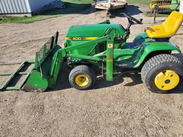 Photo John Deere 400 Garden Tractor - $4,900 (Worthington, MN)