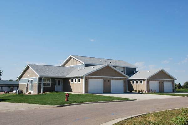 Photo Market Rate 2 Bedroom for Lease at Eagle Ridge Townhomes (Jackson)
