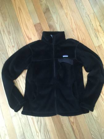 Photo Patagonia Women39s Fleece Jacket - $50 (St Louis Park)