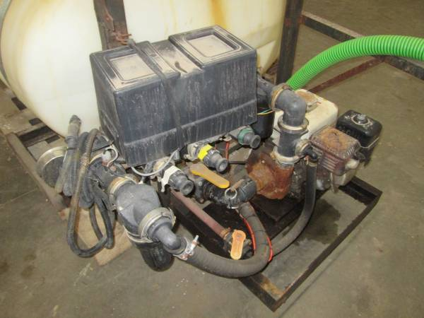 Photo Road Master Micro Anti-Icing Applicator Sprayer - $2,750 (Rochester MN)