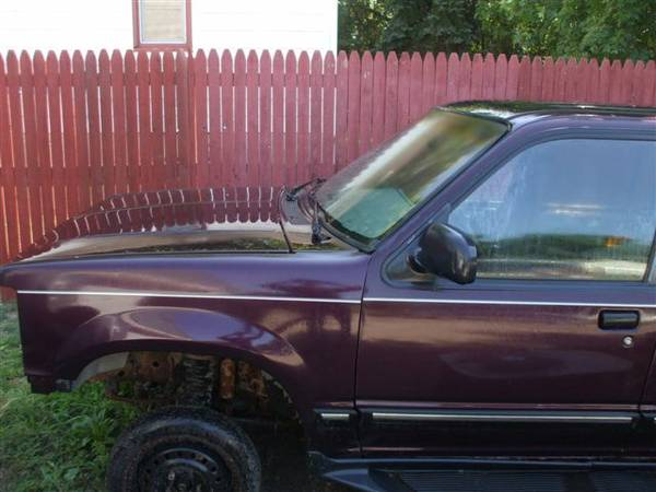 Photo 91-94 Ford Explorer parts (mn)