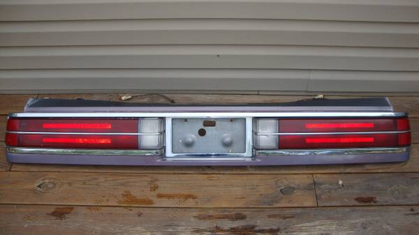 Photo 1985 Buick Electra Park Ave Taillight Assembly Tail Light - $150 (Hedgesville, WV)