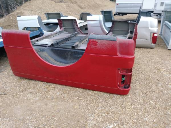 Photo 97-2003 Ford F150 bed. 5.5ft no rust - $900